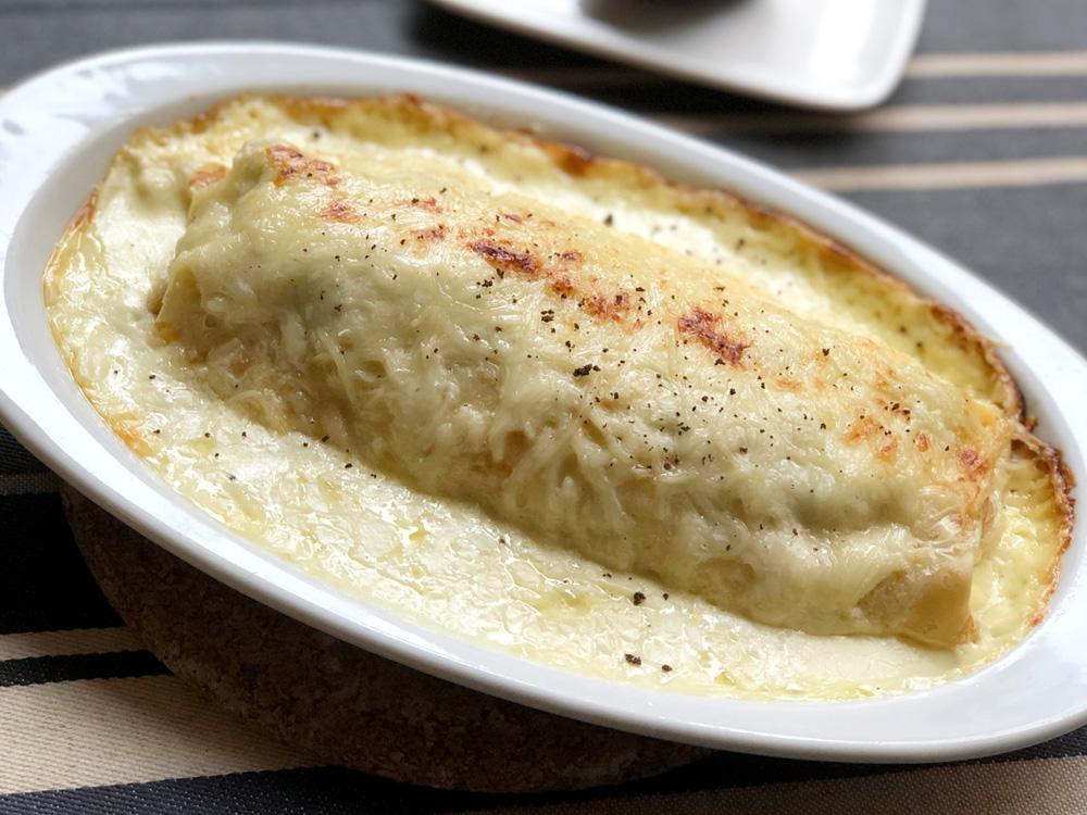 CREPERIE FLOR (Zaragoza). Crepe trufada, jamón de pato, borraja, huevo, queso, nata y trufa negra.